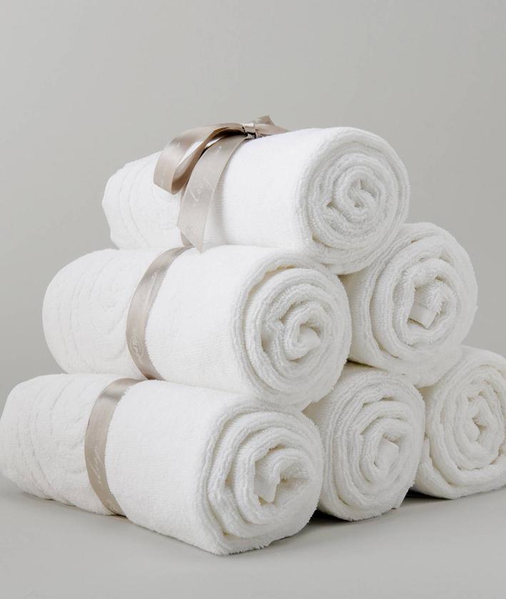 BATH TOWEL 1